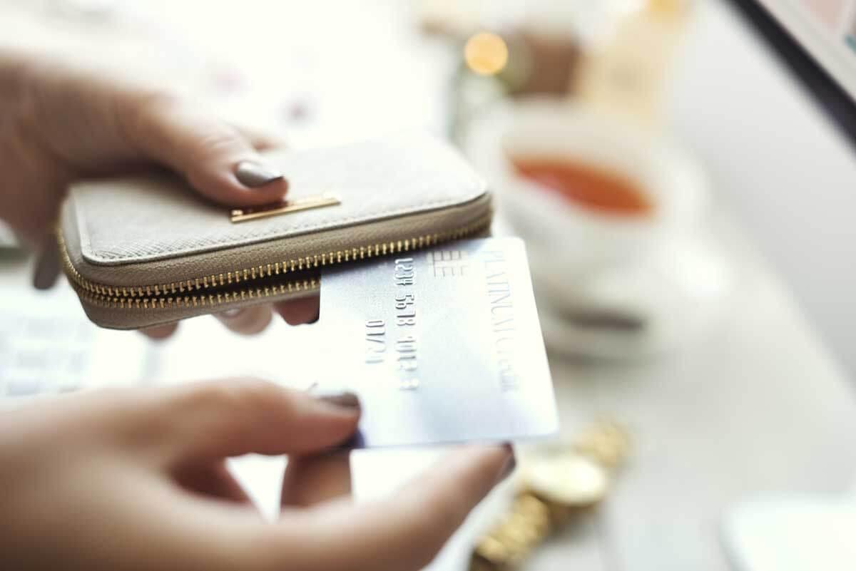 海外デザイン素材サイトで買い物するなら、お値段以外にもここをチェック!