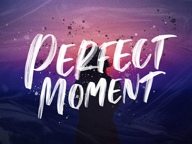 Perfect Moment Handwritten Font